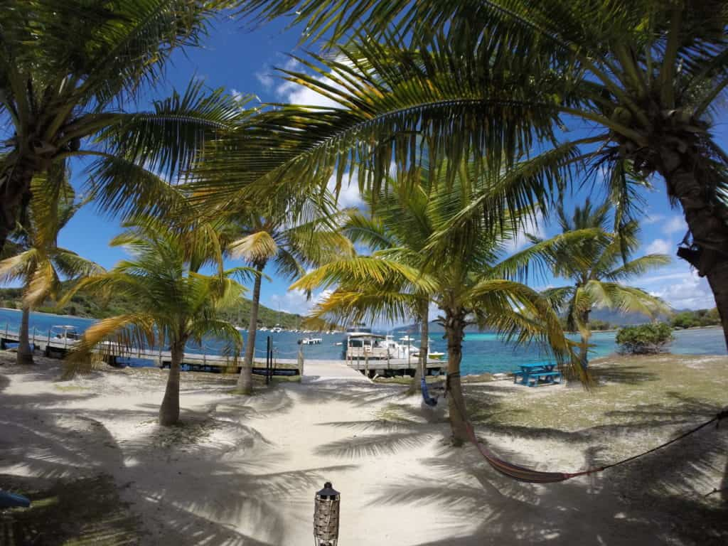 st thomas boat rental, st john boat rental, bvi boat trips, jost van dyke, white bay, soggy dollar, foxy's jost van dyke, charter boat to the BVI, bubbly pools, willy T, rent a boat in the virgin islands, day trip to the BVI