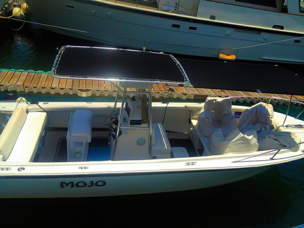Mojo is your rental boat for Aqua Blue Charters